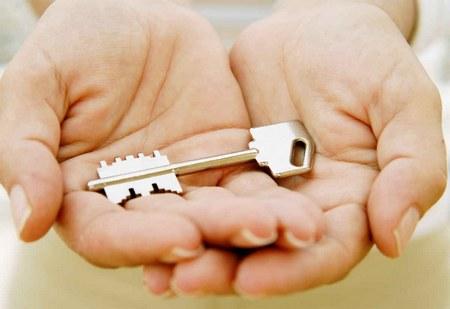 Кто и как может оспорить завещание на квартиру в 2018 году законно, после смерти завещателя?